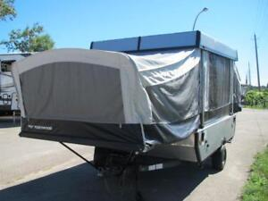 2007 FLEETWOOD  GRAPHITE 10' TENT TRAILER $4750-FINANCING AVAIL