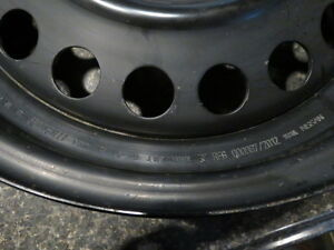 """Four 15"""" rims in excellent condiion - 4 x 100 mm pattern Gatineau Ottawa / Gatineau Area image 6"""