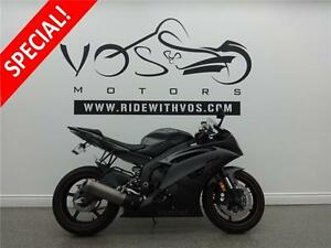2013 Yamaha YZF-R6- V2330-**Financing Available