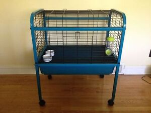 Nice Elevated XL Rabbit Cage
