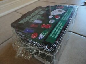 Brand new sealed Texas Hold'em Poker Set 200 pieces London Ontario image 3