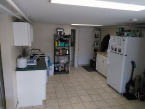 ALL INCLUSIVE Summer Sublet 2 bedroom apartment