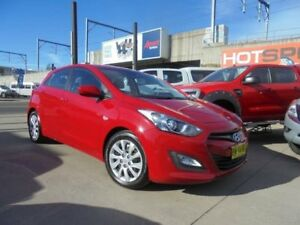 2013 Hyundai i30 GD2 Active Red Sports Automatic Hatchback