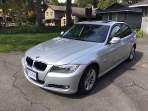 2011 Silver BMW 328i xDrive in Surrey