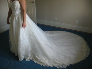 Sophies wedding dress AND cream suit from LaCreme Kitchener / Waterloo Kitchener Area image 3