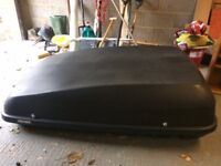 Halfords 420L Roof Box in black