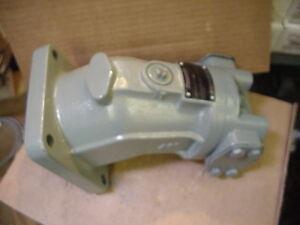 New Rexroth Hydraulic Motor AA2FM45/61W-PSD520 Bent axis piston R978031495