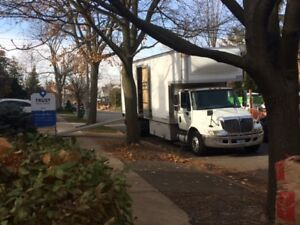 Moving Truck 26ft with side door , lift gate & kick.