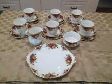 Royal Albert Old Country Roses 21pc Tea Set Thornleigh Hornsby Area Preview