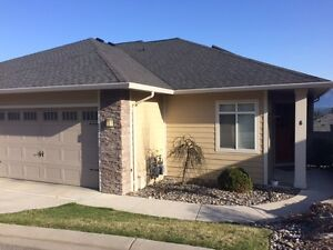Executive Townhouse in Salmon Arm for Rent