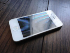 Apple iPhone 4s+16gb white+very good condition