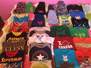 Lot of Clothing - Boys - Size 5 - Get ready for Spring