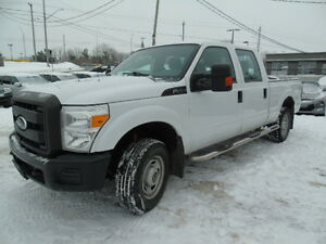 2011 FORD F250 4X4 XLT  4 DOOR QUAD CAB SHORT BOX!!!