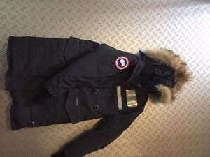 Canada Goose Resolute, lady SM size $150