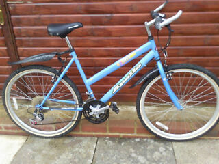 "LADIES LARGE 21""INCH FRAME APOLLO ENVY MOUNTAIN BIKE £60.00"