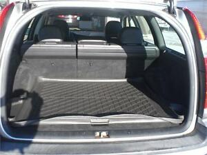2003 Volvo V70  Wagon 4994 CERTIFIED / E-TESTED London Ontario image 4