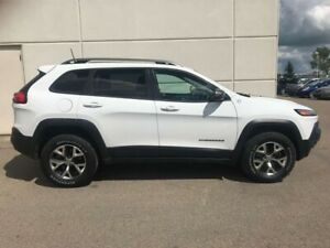 2016 Jeep Cherokee Trailhawk 4WD Panoramic Moonroof Back Up Came