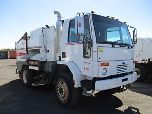 2006 Elgin SL 8000 Eagle Sweeper at Auction