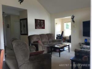 BRIGHT HOUSE IN LAKE COWICHAN FOR RENT