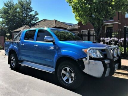 2005 Toyota Hilux KUN26R MY05 SR5 Blue 5 Speed Manual Utility