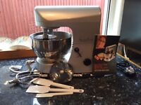 FOOD MIXER - ROSEMARY SHRAGER KITCHEN MACHINE, 6 SPEED AND PULSE OPERATION