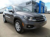 2015 Volkswagen Tiguan Trendline, heated seats, roof rack, alloy