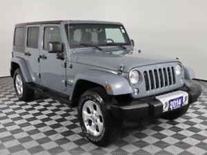2014 Jeep Wrangler Unlimited Sahara - 5 brand new tires & Remote