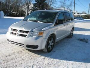 DODGE GRAND CARAVAN SE 2010 ADAPTÉ FINANCEMENT FACILE