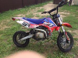 Motocross  a vendre ou échange contre un vtt