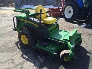 Tracteur à gazon John Deere zero turn 997