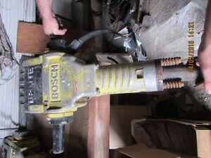 Bosch 11304 Electric Breaker