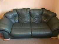 3 seaters + 2 seaters sofas in excellent condition