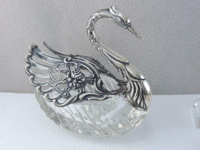 LG ANTIQUE GERMAN STERLING SILVER SWAN MASTER SALT DISH CUT GLASS MOVABLE WINGS