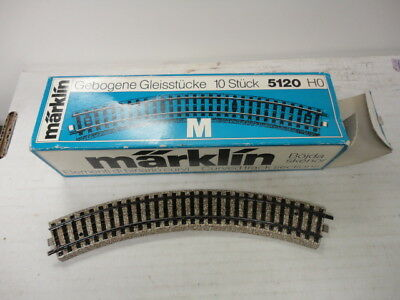 Marklin Ho 5120 curved track sections nice!