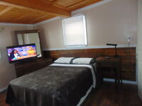 Clean & Furnished room for rent -  Chambre a louer