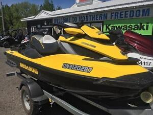 2011 SEA DOO RXT 260 IS ! Supercharged, reverse, floating floor!