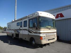 1999 Fleetwood Bounder 34J - ONLY 86,500 KMS