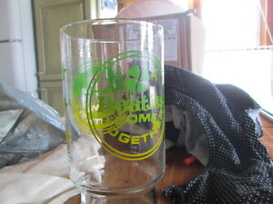 two beatle glasses.from around in the 60.nice item Cornwall Ontario image 2