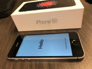 iPhone SE, 64GB mint condition, space grey - 2yrs old