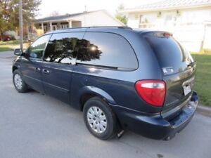 Chrysler Town & Country Camionnette LX 2007