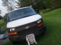 2005 Chevrolet Express 2500 Van  $6000