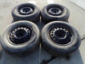 4 Champiro Tires with Rims for 1998-2003 Toyota Sienna