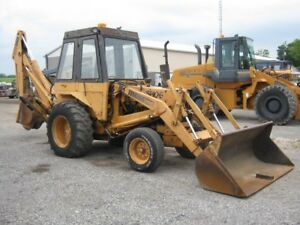 Case 580B Backhoe