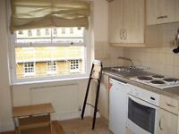 SPECIOUS BEDSIT JUST 5 MIN AWAY FROM ***BAKER STREET STATION***