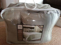 Great 5 piece summer king-size bed set