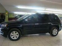 2015 GMC Acadia --Only 8,800km Like New--Save Green---