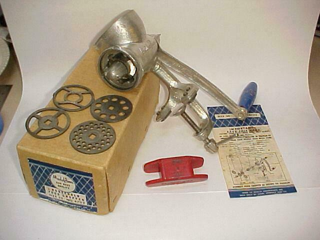 Vintage MAID of HONOR Household Food Chopper #4702 in Original Box w/ Paper