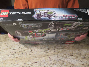 Lego Technic 8274 Combine Harvester -new in sealed box Strathcona County Edmonton Area image 2