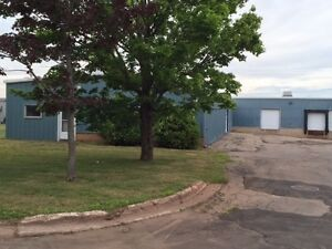 FOR LEASE IN WEST ROYALTY BUSINESS PARK