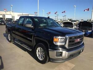 2015 GMC Sierra 1500 DOUBLECAB (Just under 33,000 kms) LOW KMS